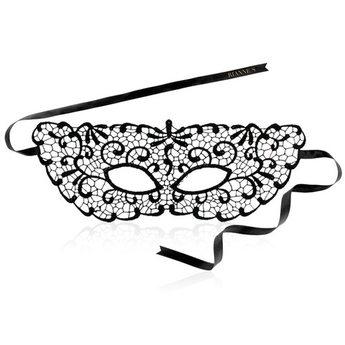 Front view of Rianne S Jane mask with white background